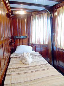 Single stateroom in Blue Category on the Motor Yacht Tucano