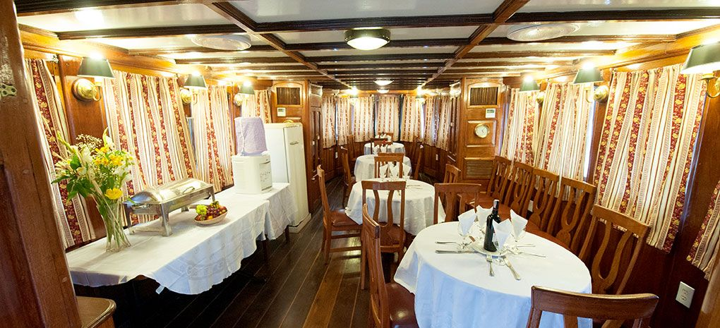 Dining Room M/Y Tucano