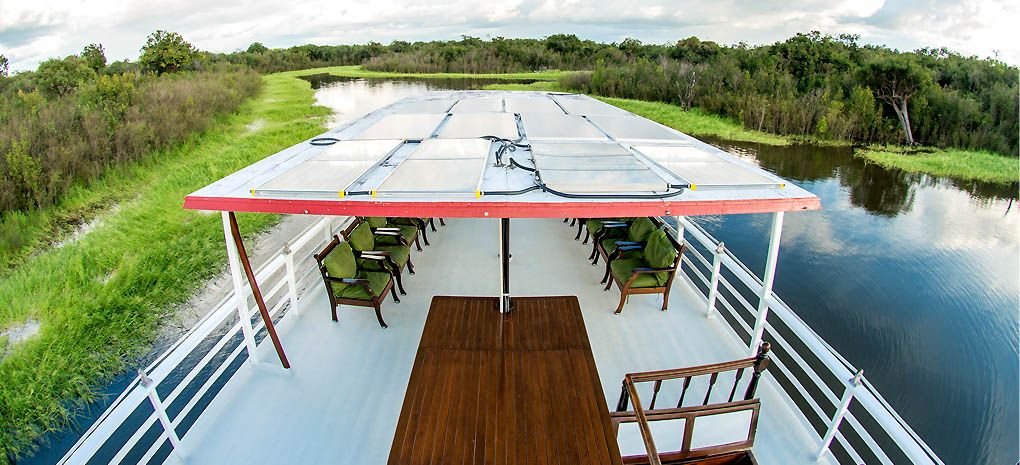 Amazon River Cruse MY Tucano Observation Deck